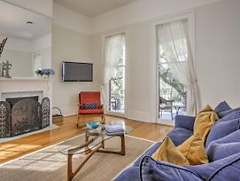 Chic St Charles Ave Apt W/Porch By Streetcar Stop photos Exterior