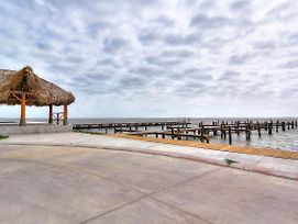 Private Fishing Pier With Dock Space! Waterfront Pool! Amazing Views! photos Exterior