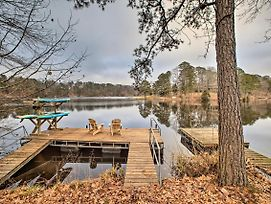 Renovated Lakefront Escape W/ Private Dock photos Exterior