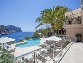 Situated In The Exclusive Residential Area Of La Mola photos Exterior