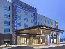 Holiday Inn Express And Suites Hudson I-94 photos Exterior