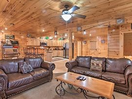 Sevierville Home W/Hot Tub, Game Room & Bbq! photos Exterior