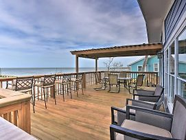 Bayfront Rockport Home W/Private Fishing Pier photos Exterior