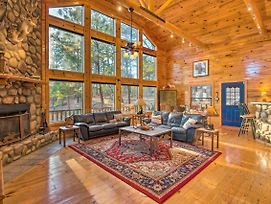 Spacious Luxury Cabin With Hot Tub Near Beavers Bend photos Exterior