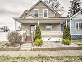 New-Muskegon Home W/Fire Pit & Patio, Mins To Lake photos Exterior