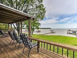 Cedar Creek Lakefront Home W/ Dock+Game Room! photos Exterior