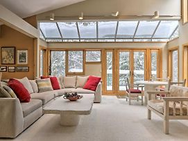 Ski-In And Ski-Out Winter Park Condo With Pool Access! photos Exterior