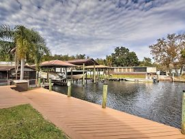 Waterfront Homosassa Home W/ Private Dock! photos Exterior