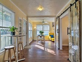 Charming Apt In Historic Kenwood, 3 Mi To Bay photos Exterior