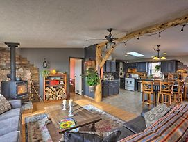 Cozy Black Hills Home With 13 Acres, Deck And View photos Exterior