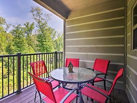 Modern Resort Condo Less Than 6 Miles To Smoky Mtn Trails! photos Exterior
