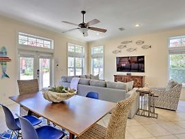 Upscale Getaway With Pool And Golf Cart 1Mi To Beaches photos Exterior