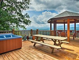 Mtn View Cabin W/ Hot Tub - 5 Mi To Dollywood photos Exterior