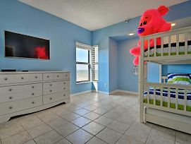 Oceanfront Condo With Pool - Walk To Flagler Ave photos Exterior