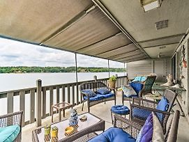 Lakefront Hot Springs Condo W/ Dock & Balcony photos Exterior