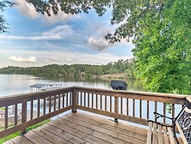 Lakefront Hot Springs Home W/ 2 Swim Docks! photos Exterior