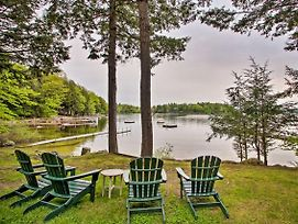 Waterfront Sebago Lake Cottage W/Dock + Beach photos Exterior