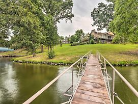 Lakefront Hot Springs Home W/Hot Tub & Dock! photos Exterior