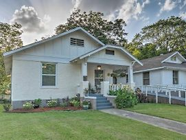 Remodeled Downtown Hot Springs Home With Porch! photos Exterior
