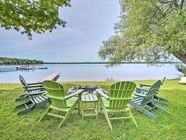 Waterfront Paradise Lake Cottage W/ Pvt Dock! photos Exterior