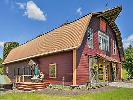 Historic Winston-Salem Guest Barn On Farm! photos Exterior