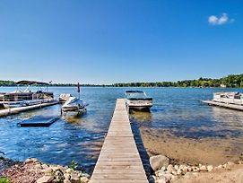 Lakefront Chelsea Home W/Dock, Kayaks & Patio photos Exterior