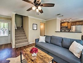 College Station Townhome - 1.4 Mi. To Campus! photos Exterior