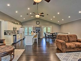 Hot Springs Home On Lake With Private Boat Dock! photos Exterior