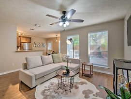 College Station Townhome - Walk To Texas A&M! photos Exterior