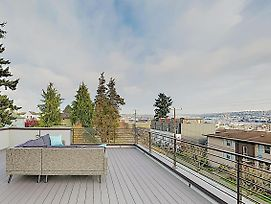 New Listing! New-Build Ballard Home: Rooftop Deck Home photos Exterior