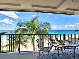 Picture-Perfect Makaha Condo W/Pool & Lanai! photos Exterior