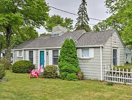 'Sea Street Cottage' - 1 Mile To Ferry Boats! photos Exterior