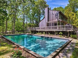Private East Hampton Home W/ Pool Near Harbor photos Exterior