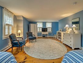 Upscale East Orleans Home -1 Mile To Nauset Beach! photos Exterior