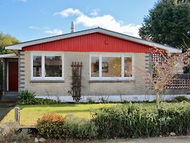 Fiordland House - Te Anau Holiday Home photos Exterior