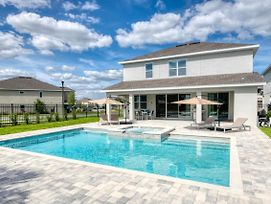 Imagine Your Family Renting This Luxury Contemporary Style Villa On Encore Resort At Reunion, Orlando Villa 3414 photos Exterior