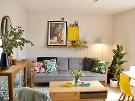Stylish Apartment With Parking In Bermondsey photos Exterior