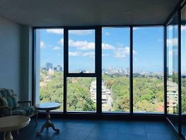 High Rise View 2Bedrooms Apt In Prime Location photos Exterior
