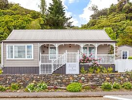 Kuranui Cottage photos Exterior