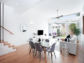 Bondi Blue-Hosted By:L'Abode Accommodation photos Exterior