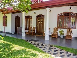 Nenasilu - Galle Villa photos Exterior