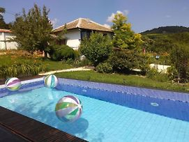Peaceful, Sun, Own Pool! Get Away From The Crowds!! photos Exterior