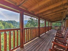 'Boogie Bear' Sevierville Cabin With Deck And Jacuzzi! photos Exterior