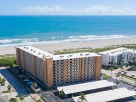 Canaveral Towers photos Exterior