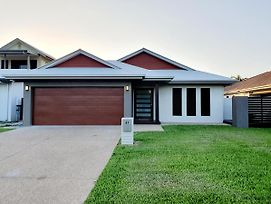 Display Home Quality photos Exterior