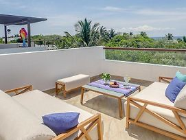 Stunning Caribbean Sea View Villa With Rooftop Jacuzzi photos Exterior