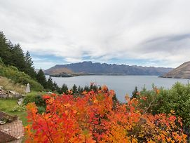 Crows Nest - Queenstown Holiday Home photos Exterior