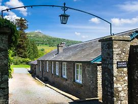 2 Bed Cottage With Mountain Views, Private Estate photos Exterior
