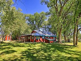Peaceful Durango Farmhouse W/Backyard Patio+Gazebo photos Exterior