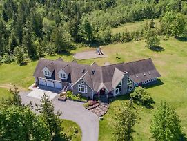 Luxurious Port Angeles Estate On 10 Private Acres! photos Exterior
